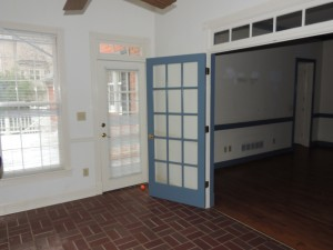 Colonial Sunroom Before